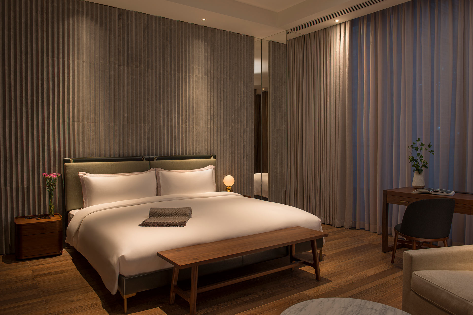 The Sukhothai Shanghai Premier Suite Bedroom