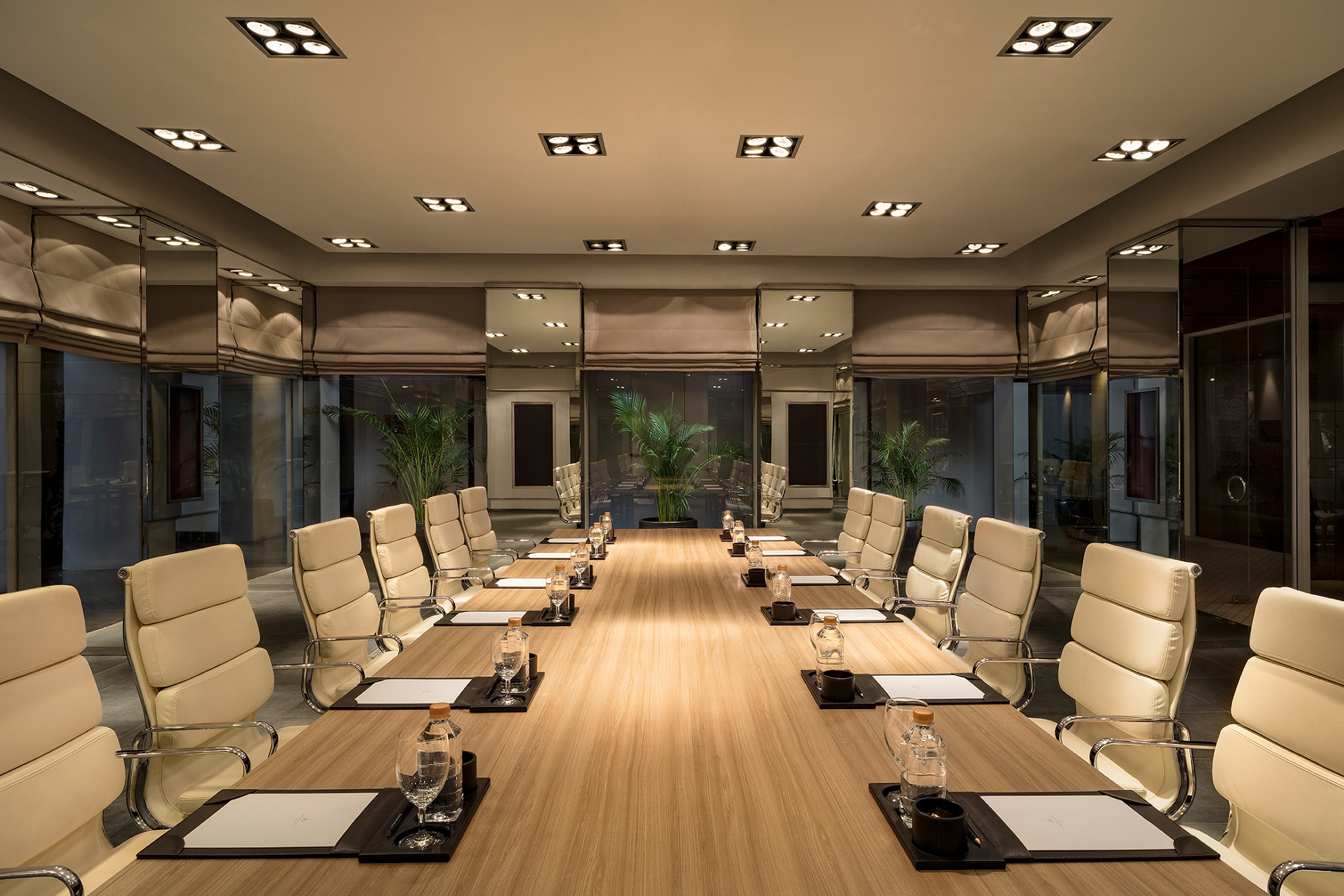 _Rachawadee_Meeting_Room_Final_SM